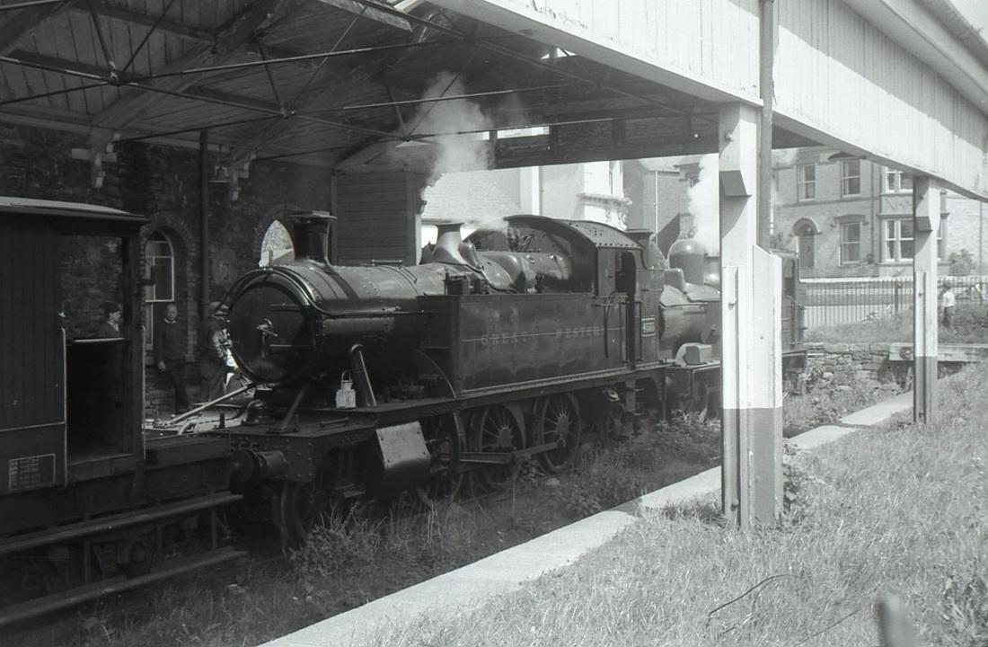 Alextrack: Model Railways: Ashburton: Prototype Photographs